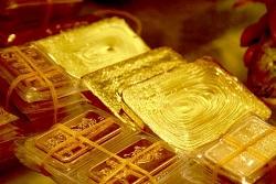 Giá vàng hôm nay 24/2: Quay đầu giảm