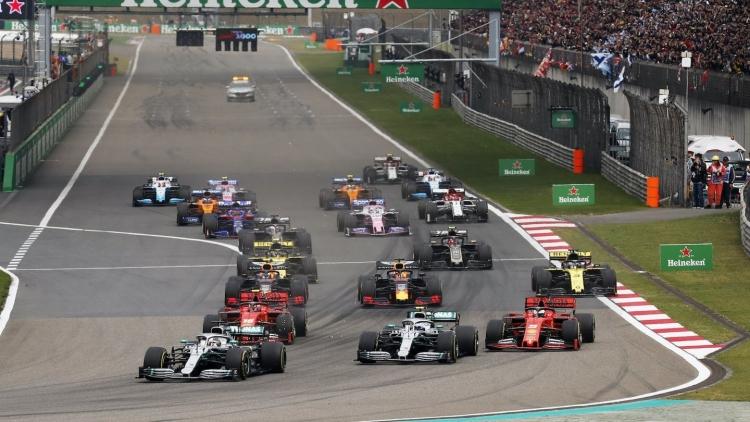 """F1 Australia """"dính đòn"""" Covid-19"""