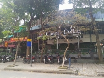 Nhiều thương hiệu cà phê, trà chanh lớn vẫn mở cửa đón khách