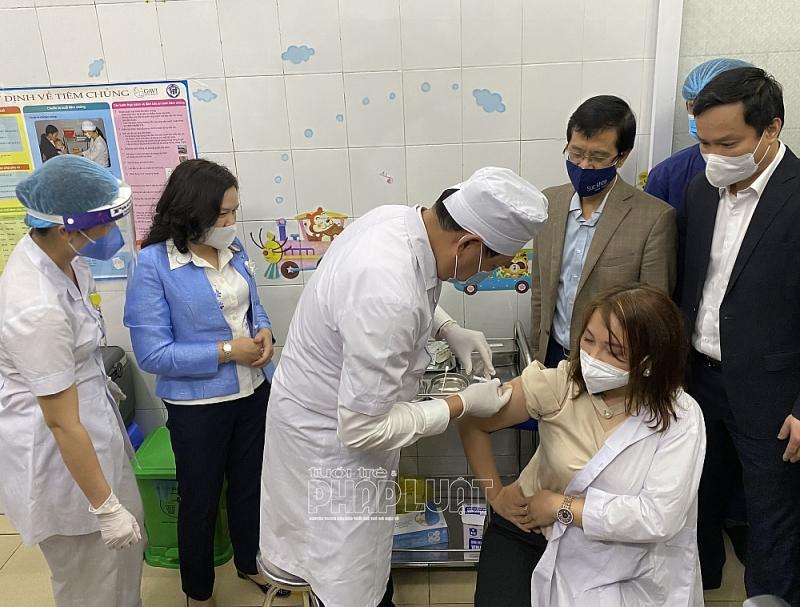 Khoảng 34.000 người Hải Dương được tiêm vaccine phòng COVID-19
