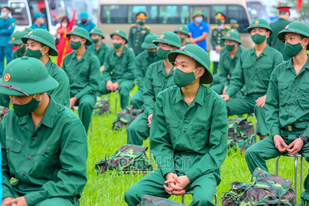 Lễ giao nhận quân đặc biệt ở Hải Dương