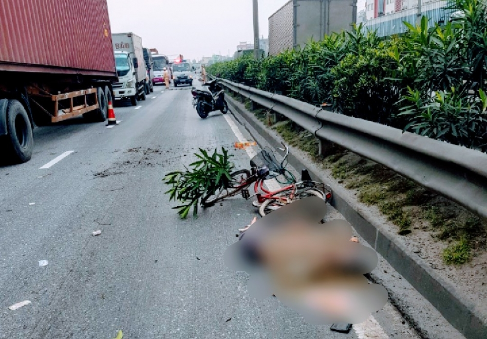 Hải Dương: Người đàn ông 79 tuổi chết bất thường trên quốc lộ 5