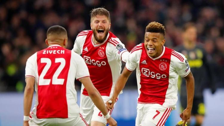 Giải mã sức mạnh của Ajax 2018/2019: Trẻ và nhanh