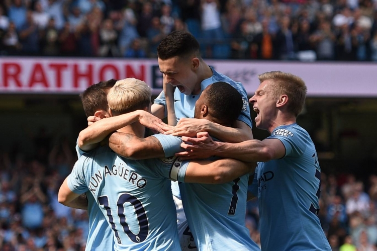 video man city phuc han tottenham tai san nha etihad