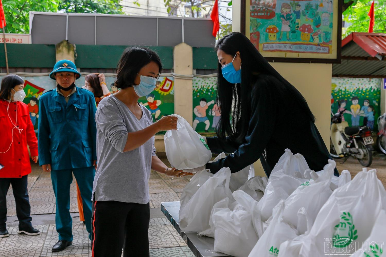 Những hoạt động thiện nguyện ấm tình người tại phường Phương Liệt
