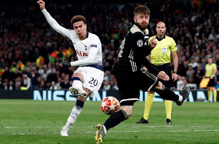 Ajax vs Tottenham (02h00 9/5): Cơ hội nào cho Gà trống?
