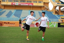 vang hang loat tru cot ha noi fc gap kho o vong 10 v league
