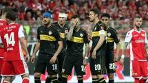 Union Berlin đẩy Stuttgart xuống hạng ở Bundesliga: Khi 'Thiên nga' hóa… vịt