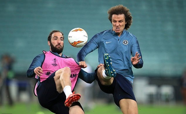 Nội bộ Chelsea lục đục trước trận chung kết Europa League