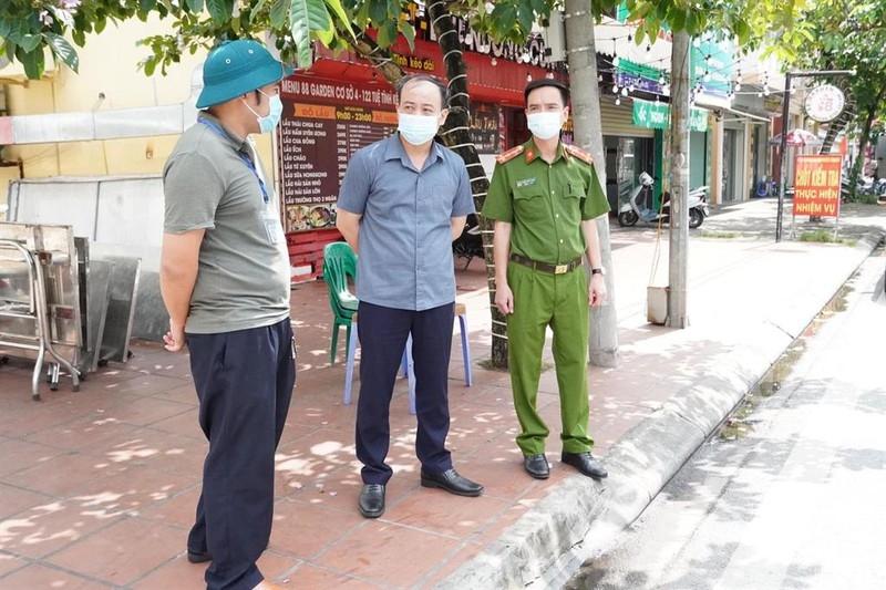 Phê bình 2 Chủ tịch phường ở Hải Dương lơ là phòng dịch Covid-19