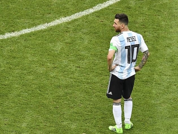 argentina vs colombia 5h00 166 cho messi ganh team
