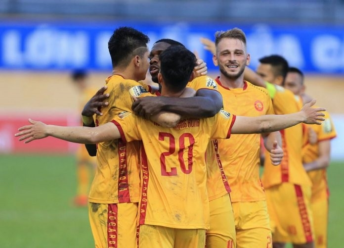 ket qua bxh v league 2019 vong 13 thanh hoa chen chan vao top 4