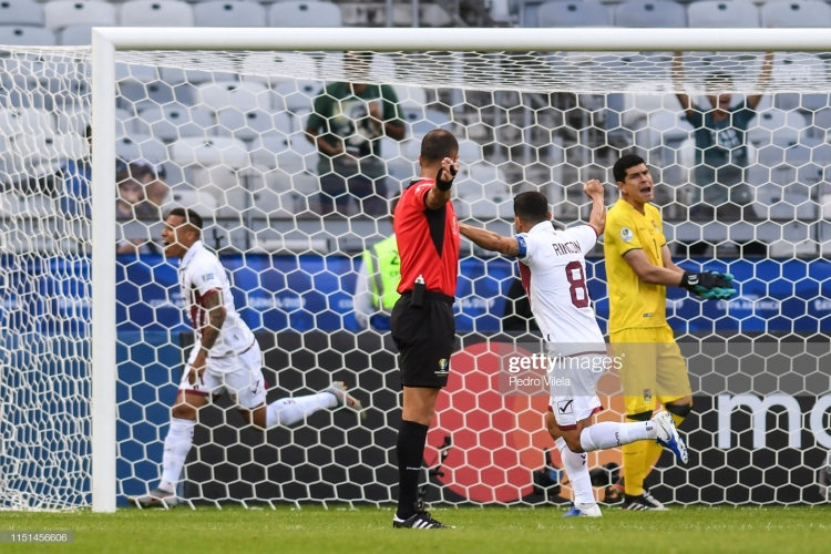 copa america 2019 venezuela thang 3 1 truoc bolivia gianh ve vao tu ket