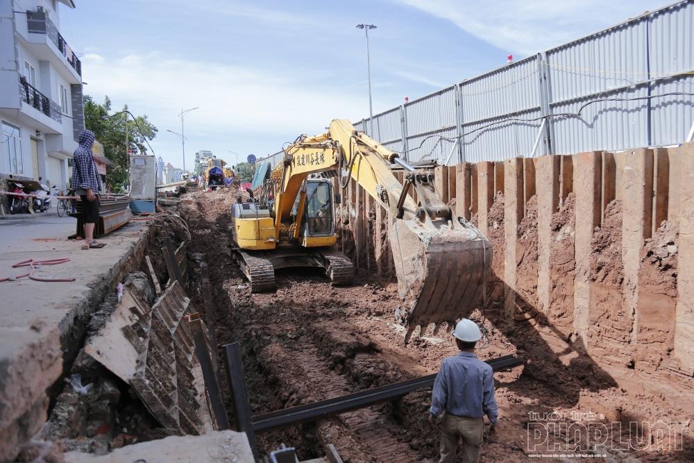 Hơn 300m con đường gốm sứ bị phá bỏ phục vụ dự án mở rộng đường Âu Cơ