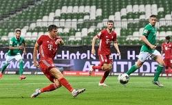 Thi đấu thiếu người, Bayern vẫn có 3 điểm để đăng quang lần thứ 8 liên tiếp