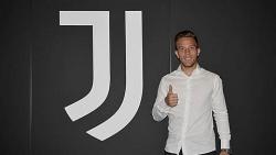 Tin chuyển nhượng 30/6: Juventus chính thức chiêu mộ Arthur