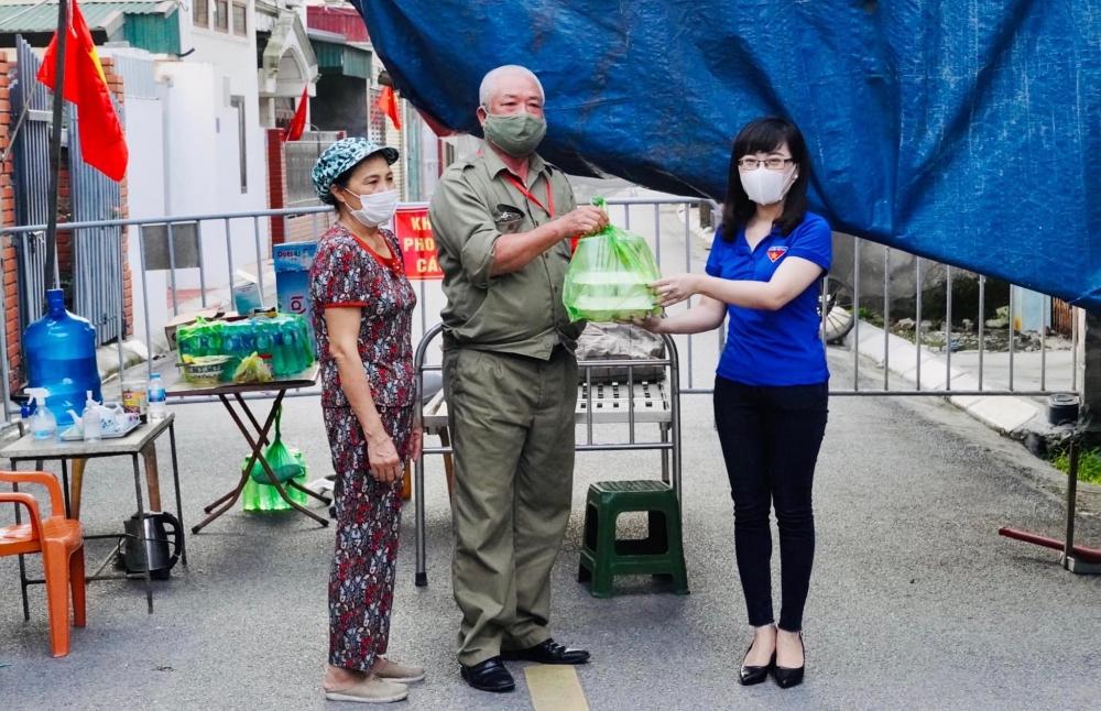 """""""Bếp ăn Thanh niên"""" của Thành đoàn Hải Dương tiếp sức lực lượng chống dịch"""