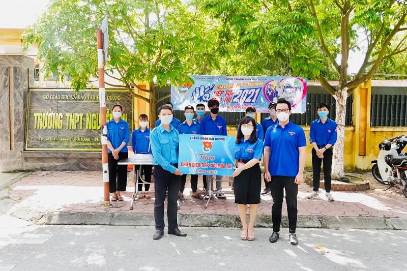 thành đoàn Hải Dương hỗ trợ kỳ thi vào lớp 10