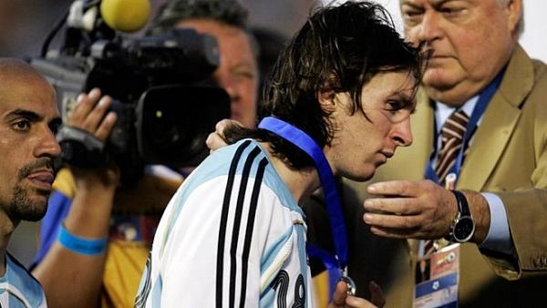 lich su doi dau brazil vs argentina quan tu tra thu 10 nam chua muon