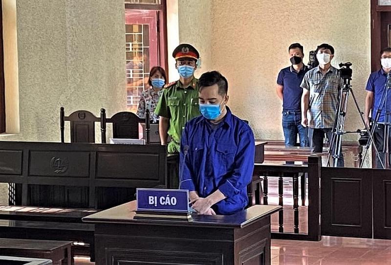 Tại phiên toà, bị cáo Đào Duy Tùng đã khai nhận toàn bộ hành vi phạm tội của mình