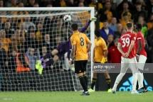 """Man Utd 1-1 Wolves: Pogba """"đá bay ba điểm"""" của Quỷ đỏ"""