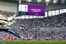 """Tottenham 0-1 Newcastle: VAR """"ra tay"""", """"Chích Chòe"""" bất ngờ có 3 điểm"""