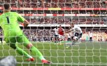 Arsenal 2-2 Tottenham: Hấp dẫn kịch tính, 4 bàn đẳng cấp
