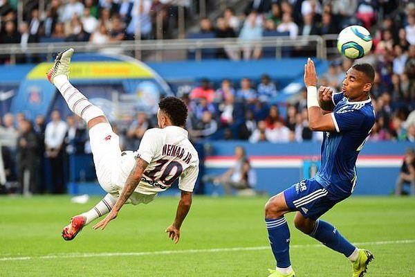 neymar lap sieu pham o phut 92 giup psg co 3 diem