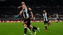 Newcastle 1-0 Man Utd: Chìm sâu vào khủng hoảng