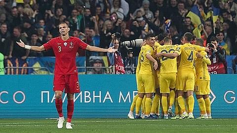 ukraine 2 1 bo dao nha ukraine chinh thuc gianh ve du euro 2020