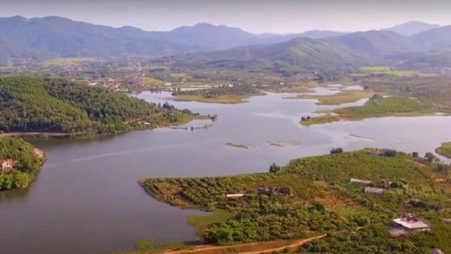 Hải Dương: Xem xét đề xuất xây dựng khu du lịch sinh thái hồ Thanh Long