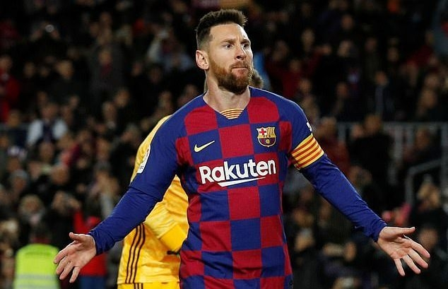 messi va cac dong doi cuoi cung cung dong y giam luong