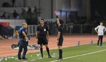 Nhận thẻ đỏ, HLV Park Hang-seo có bị cấm chỉ đạo trận đấu tiếp theo?