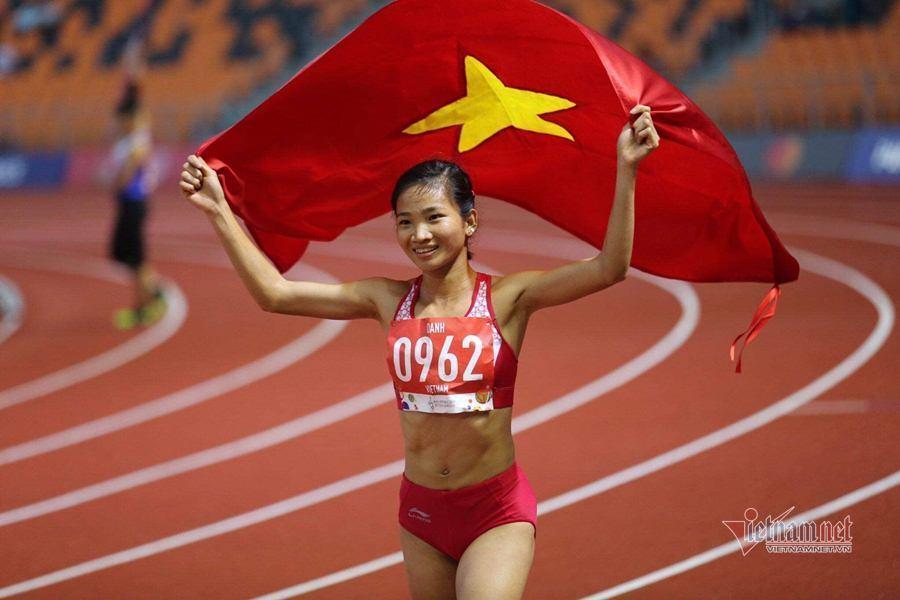 Nguyễn Thị Oanh giành danh hiệu VĐV tiêu biểu 2019