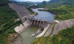 Khẩn trương xác định nguyên nhân rò rỉ đường ống dẫn nước nhà máy Thủy điện A Lưới