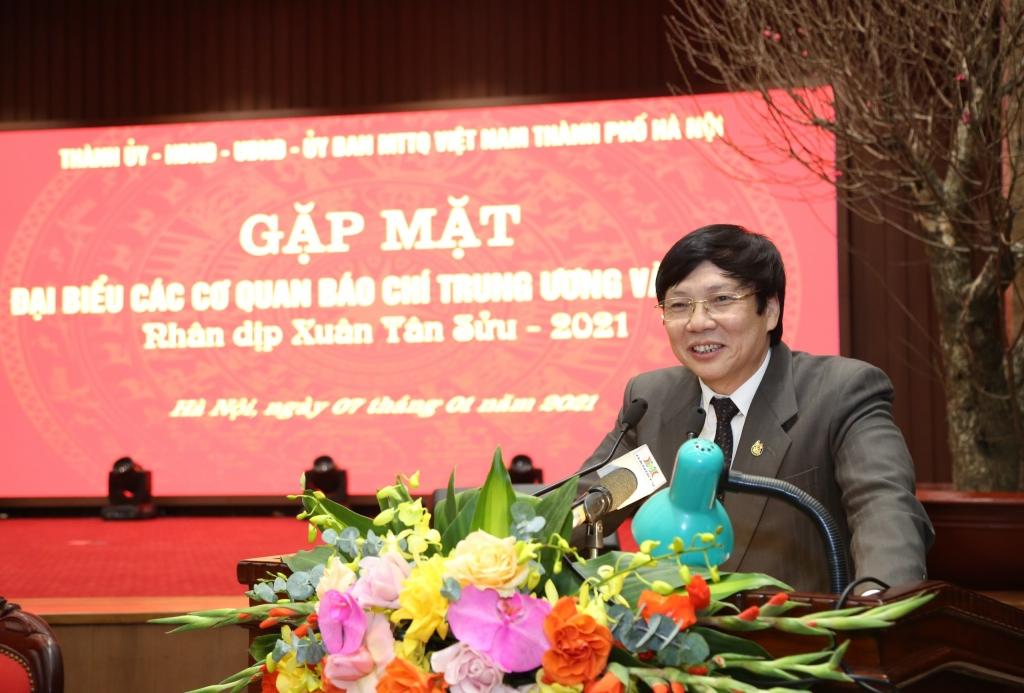 Phó Chủ tịch Thường trực Hội Nhà báo Việt Nam Hồ Quang Lợi phát biểu tại buổi gặp mặt