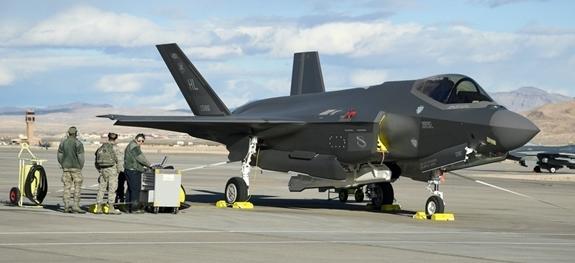 Mỹ hoãn kế hoạch sản xuất hàng loạt F-35 vì vấn đề kỹ thuật