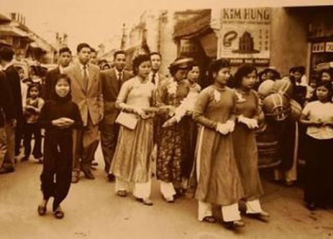 Chuyện cưới hỏi ở Hà Nội xưa và nay