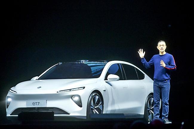 """Khám phá chiếc sedan điện """"Made in China"""" sẽ đánh bại Tesla"""