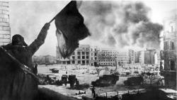 Tại sao Hồng quân trụ vững trong trận đánh thay đổi cục diện chiến tranh ở Stalingrad?