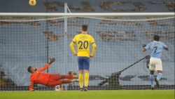 Hạ gục Brighton, Manchester City vào tốp 3 Premier League