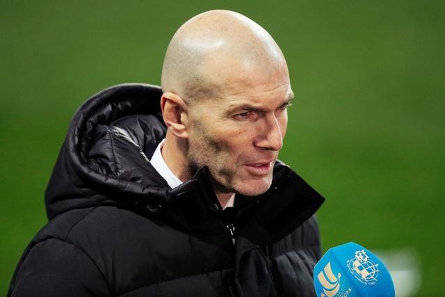 Real Madrid bết bát, HLV Zidane trước nguy cơ lớn bị sa thải - 2