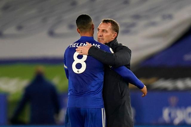 Leicester 2-0 Chelsea: Trượt ngã ở King Power - 2