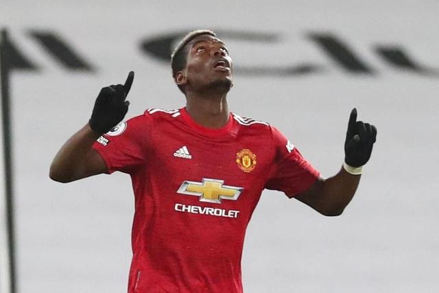 Pogba tiếp tục thăng hoa, Man Utd trở lại ngôi đầu bảng - 1
