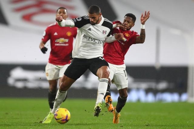 Pogba tiếp tục thăng hoa, Man Utd trở lại ngôi đầu bảng - 5