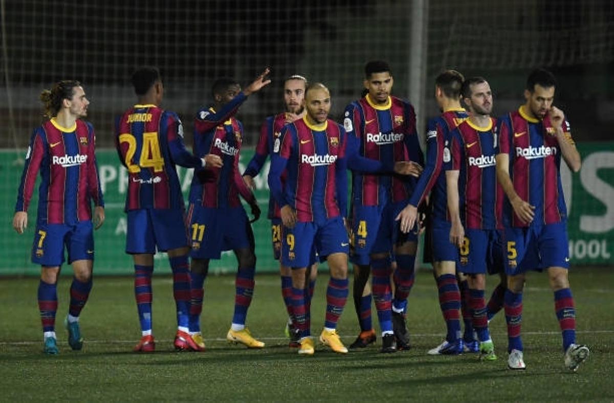 Đá hỏng 2 quả phạt đền trong ngày không Messi, Barca vất vả đi tiếp ở Cúp Nhà vua