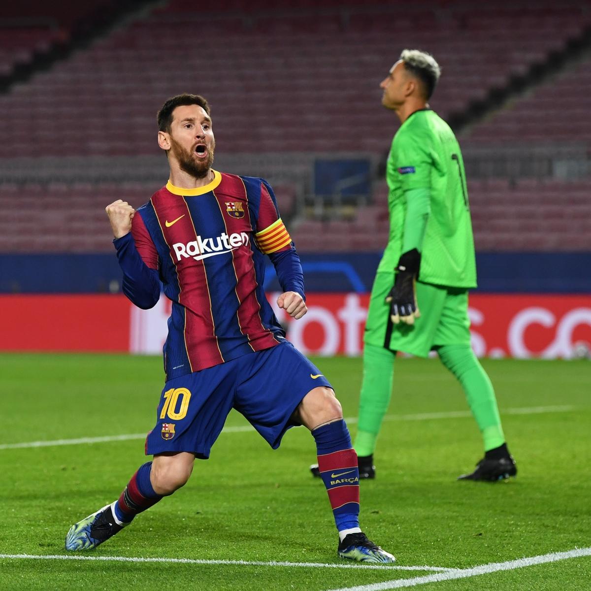Messi ăn mừng bàn mở tỉ số (Ảnh: Getty).
