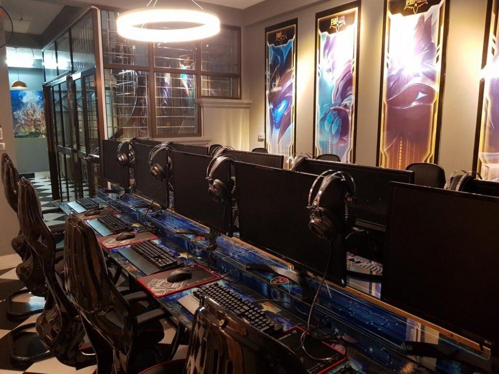 Bắc Giang tạm dừng hoạt động Karaoke, Game online từ 12h00 ngày 3/5/2021
