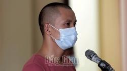Bắc Giang: Chống người thi hành công vụ tại chốt kiểm dịch Covid-19, lĩnh 30 tháng tù