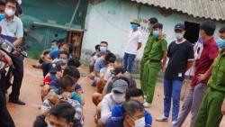 Bắt giữ 34 đối tượng đá gà ăn tiền tại Bắc Giang